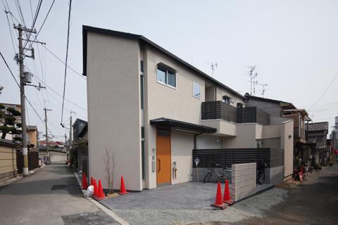 「中庭のある無垢な珪藻土の家」‐10‐何とか引越しの改善策