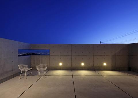 409縁側の夕景