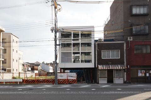 緑を囲む京都のオフィス「山本合同事務所」‐4‐だろうでなく、かもしれないへ