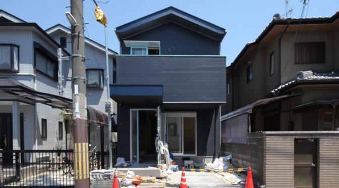 「ときめく紺色の家〈リノベーション〉」景色というびっくり玉手箱‐9‐