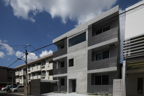 永住したい打ち放しのマンション「R GREY」‐11‐竣工・入居開始