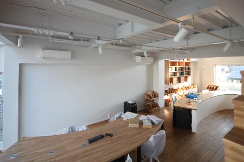 緑を囲む京都のオフィス「山本合同事務所」‐6‐バームクーヘンも登場